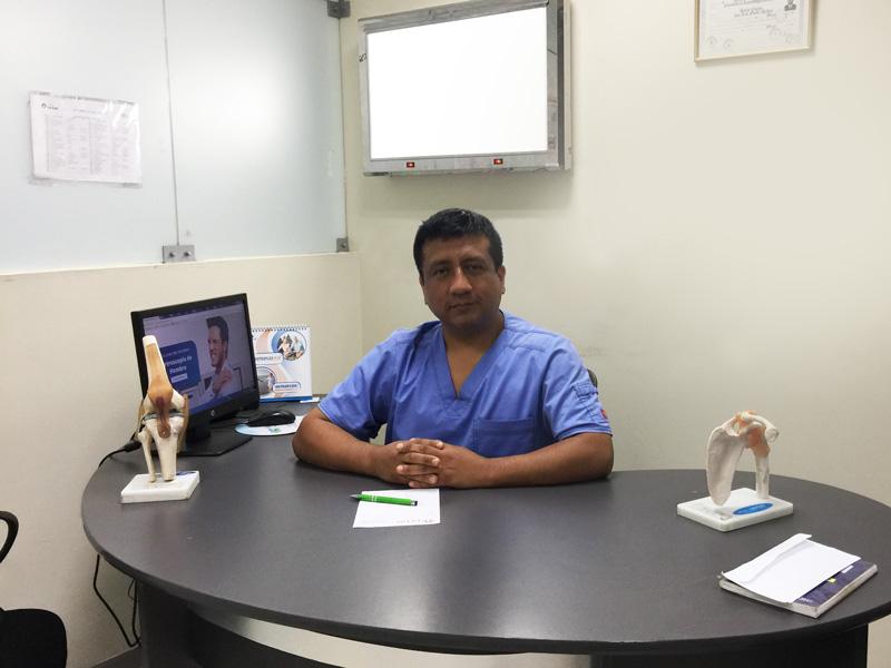 Doctor Jose Cortez - Artroscopia en Lima